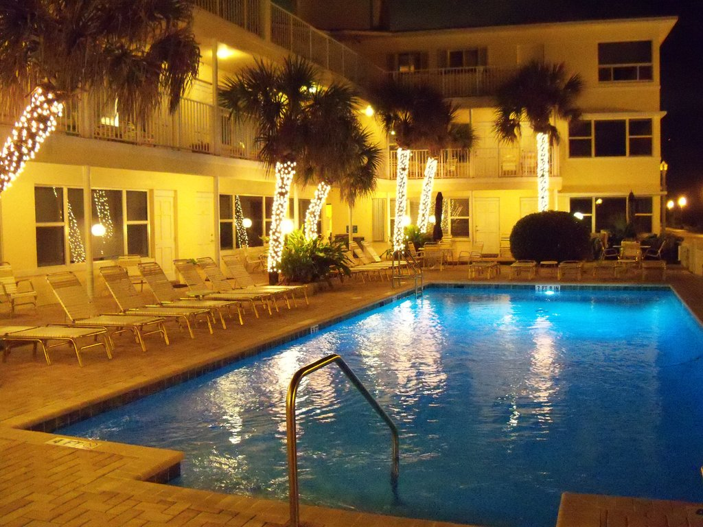 Tide Vacation Apartments