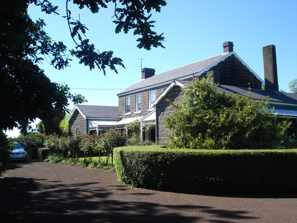 Timboon House & Stables