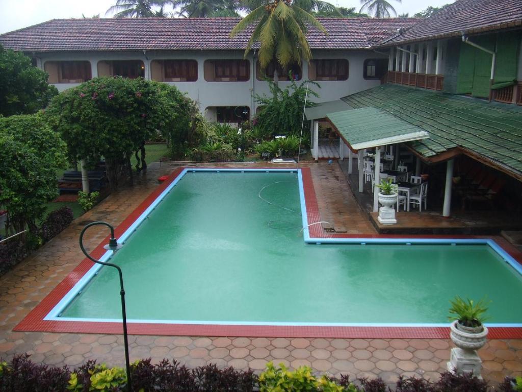 Sunils Beach Hotel