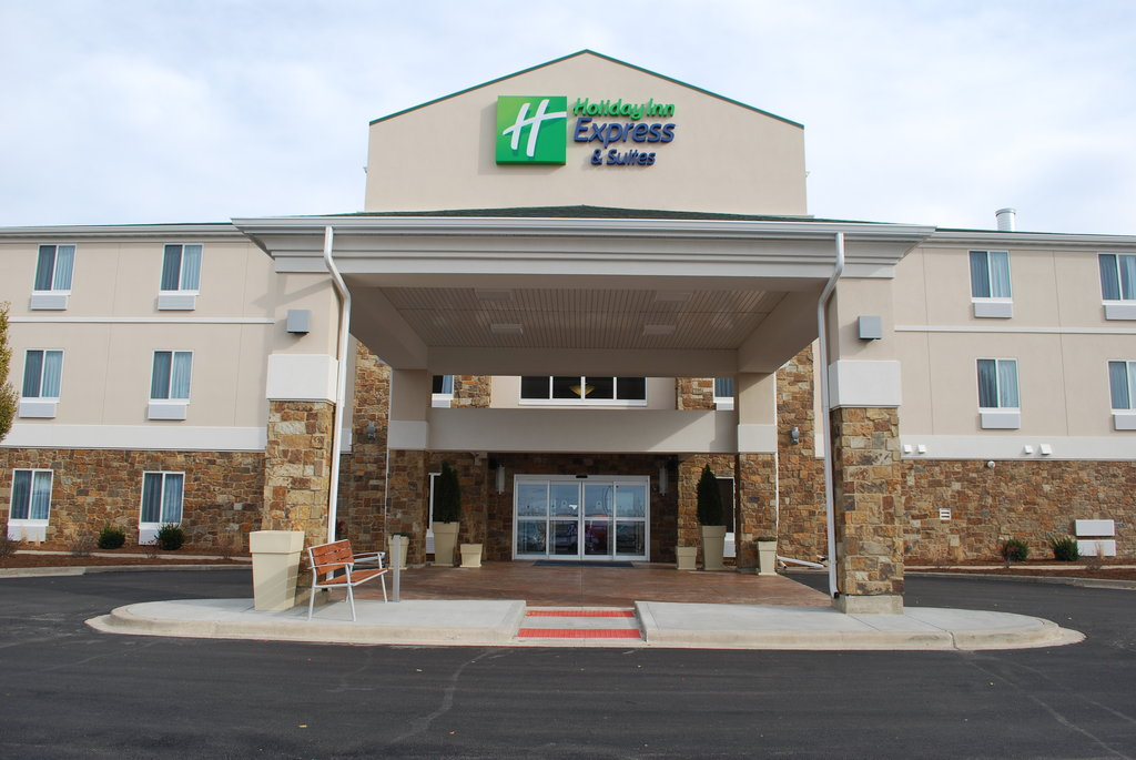 Holiday Inn Express Hotels And Suites Pekin