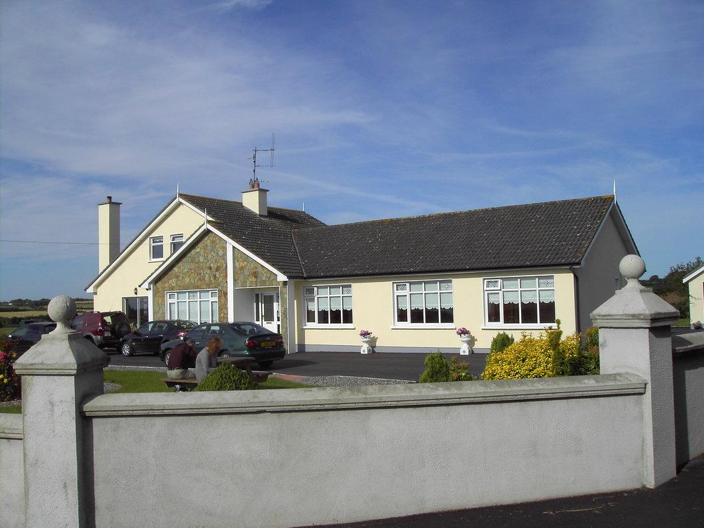 Rivervalley Farmhouse