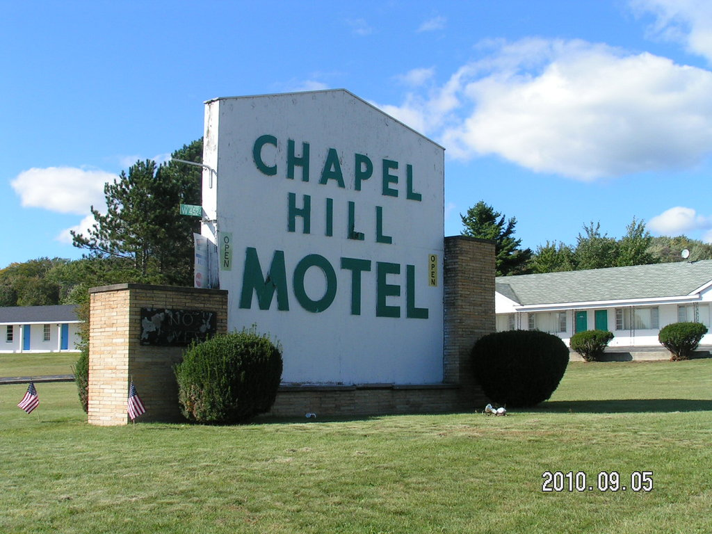 ‪Chapel Hill Motel‬