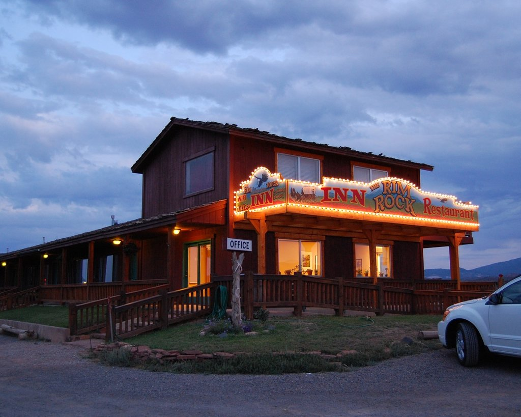 The Rim Rock Inn