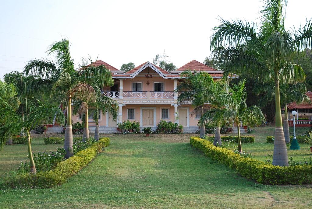 Kishkinda Heritage Resort