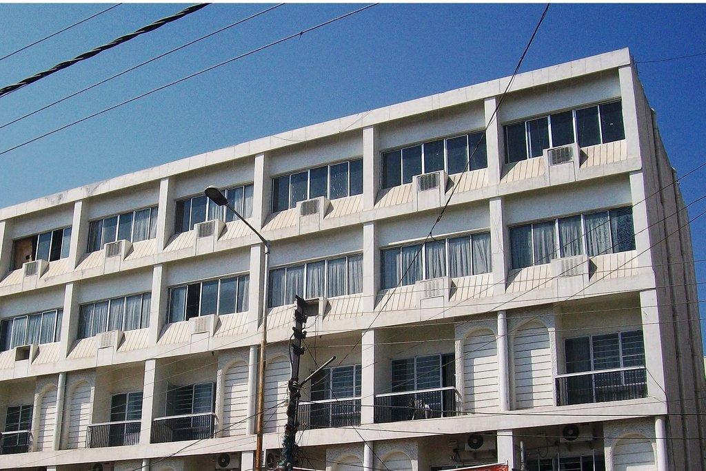 Manjira Hotel