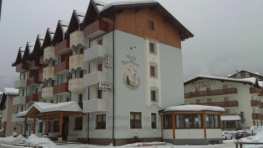阿尔皮纳罗莎酒店