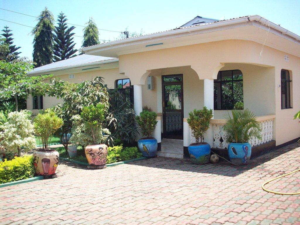 Twiga Home