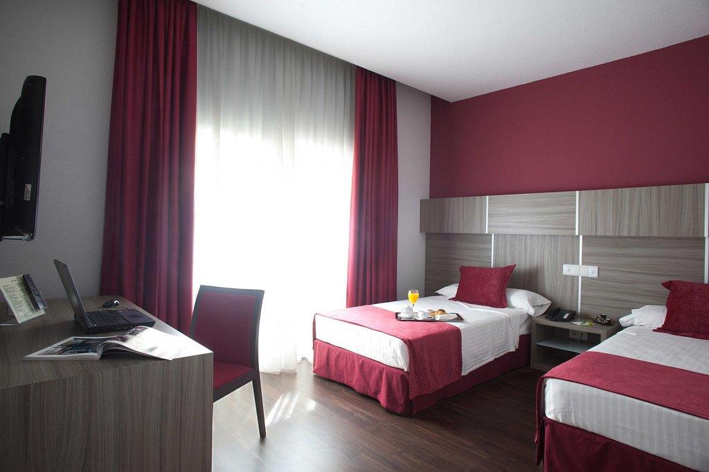 휴사 세라노 로얄 호텔