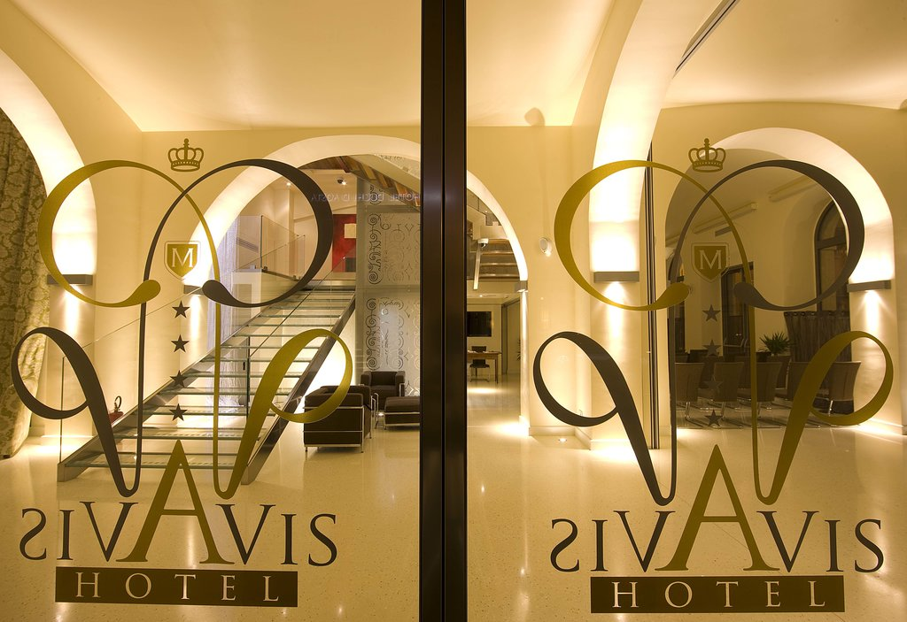 Hotel Duchi Vis a Vis
