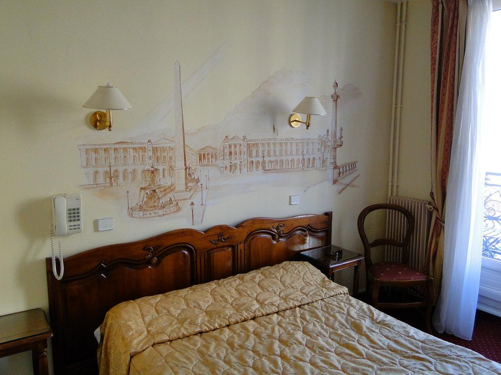 法米利亞酒店
