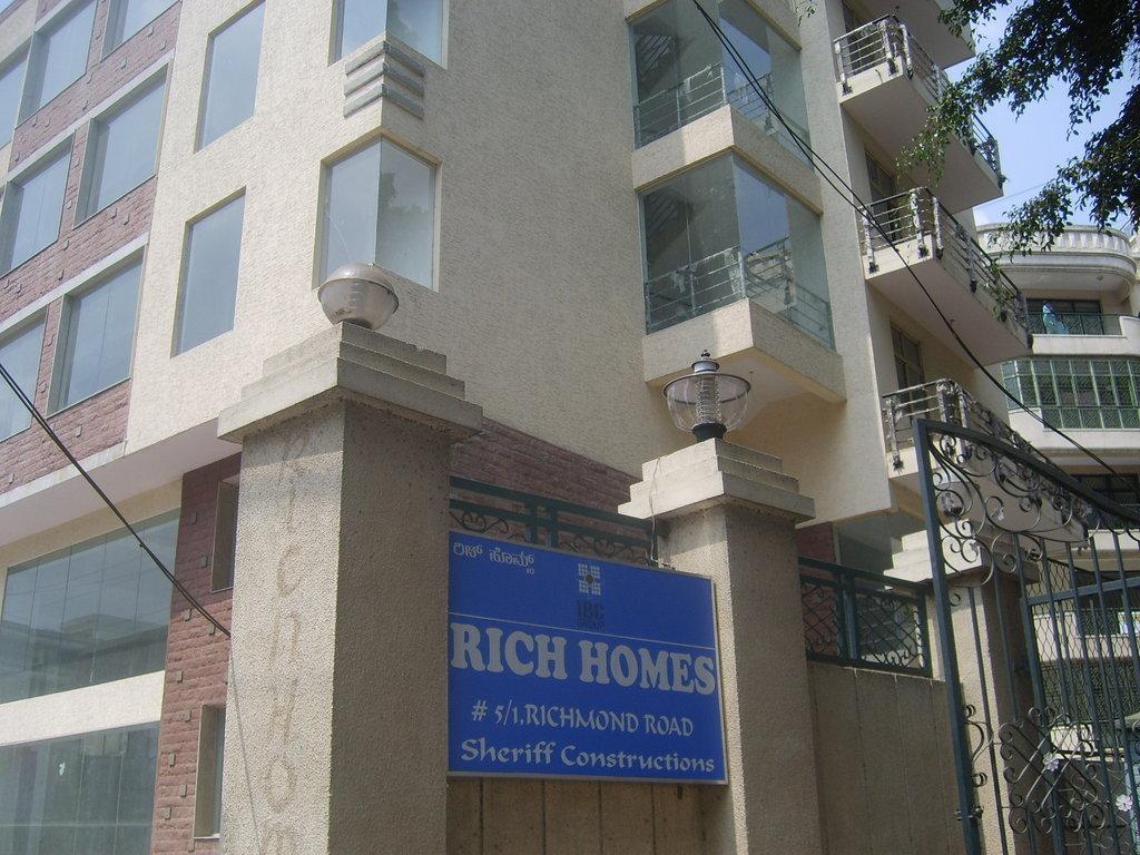 Belair Service Apartment
