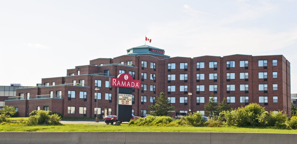 Ramada Plaza Dartmouth Park Place