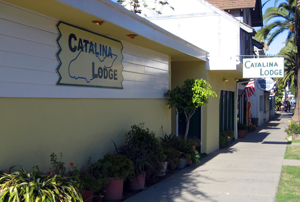 ‪Catalina Lodge‬