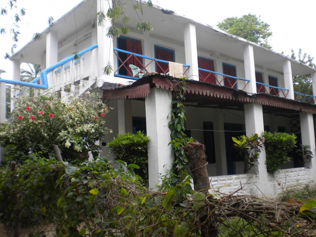 Shantinivas Hotel