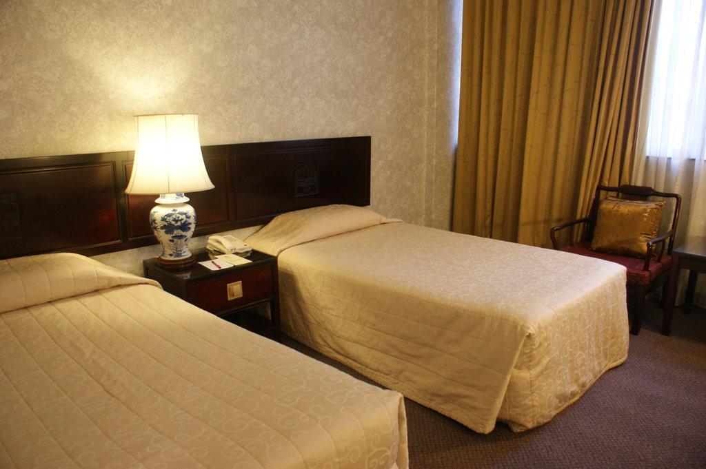 ロイヤル アッ トニュートン ホテル シンガポール