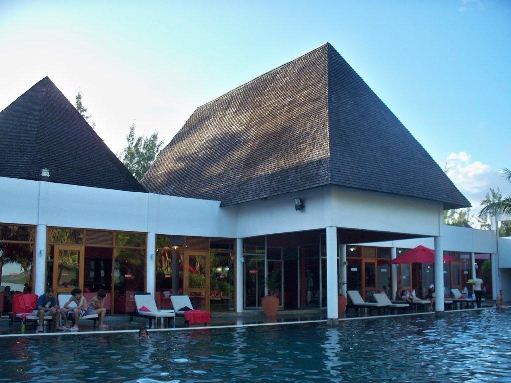 Mornea Hotel