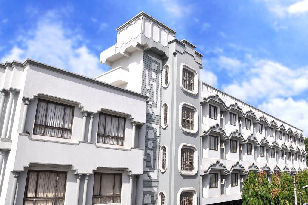 Hotel Ajanta Palace