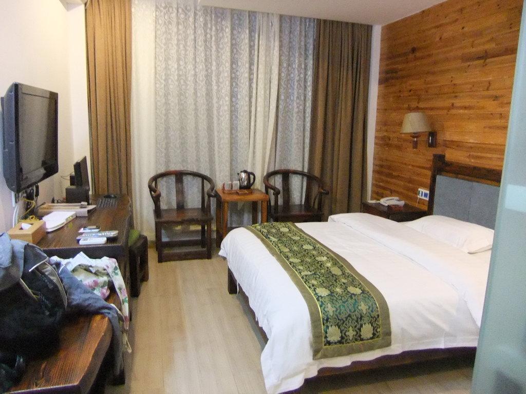 平湖度假酒店