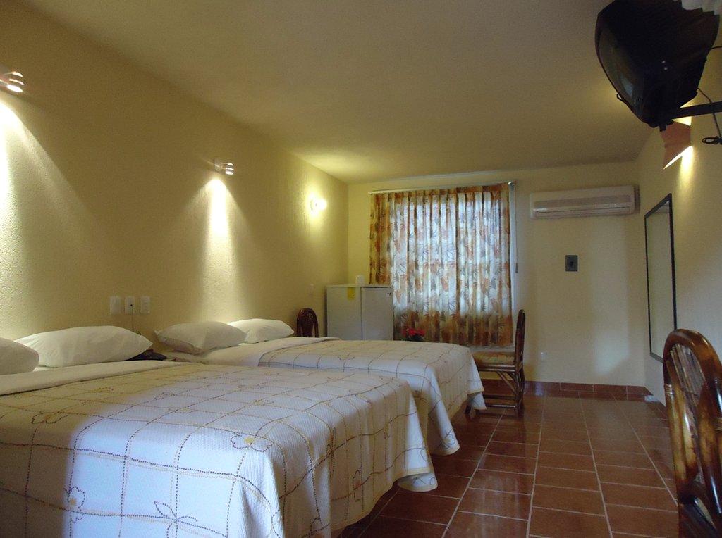 Hotel Carey Cancun