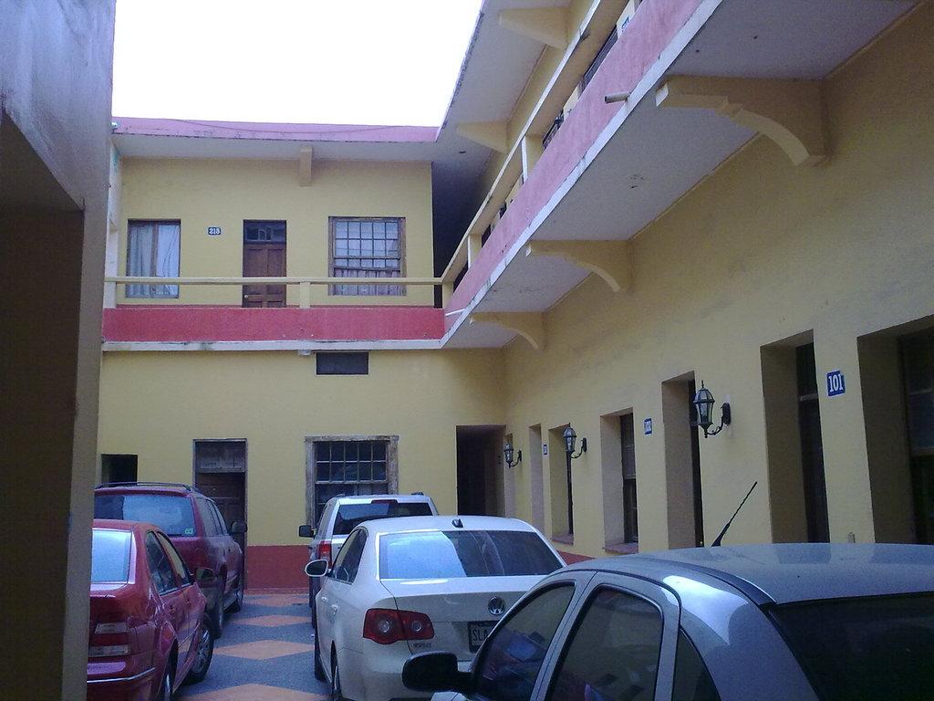 Aventura Huasteca Hotel