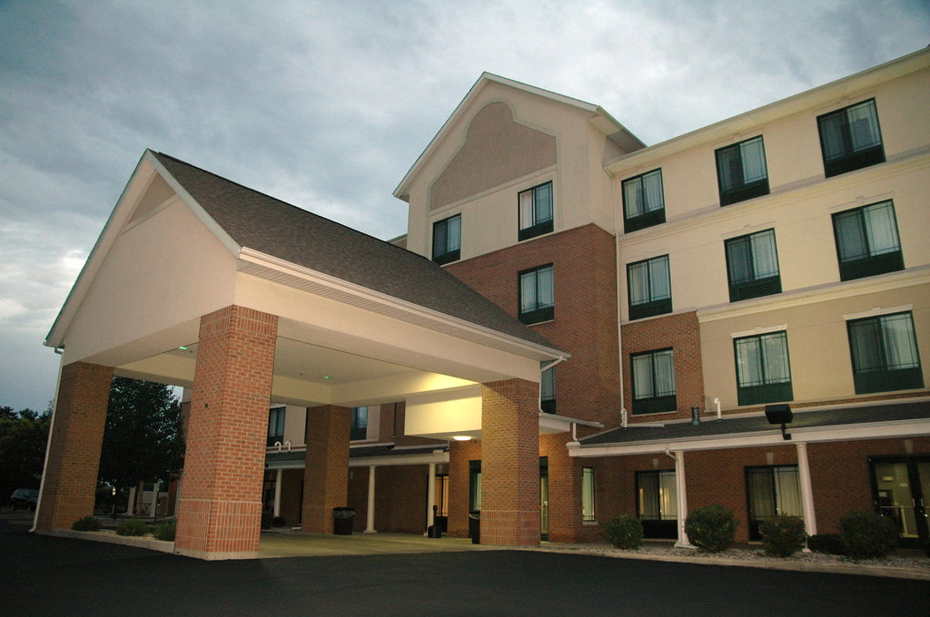BEST WESTERN PLUS Kalamazoo Suites