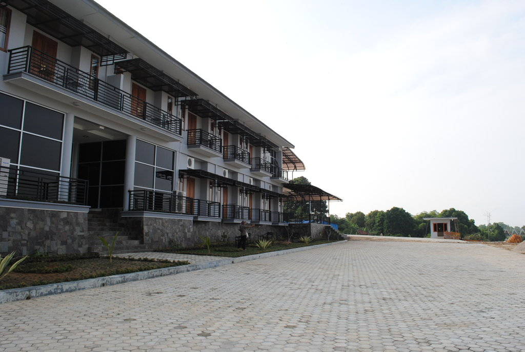 Hotel Sarbini