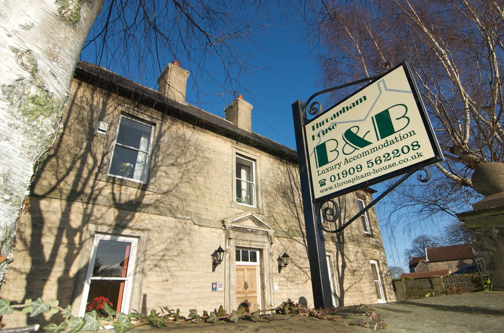 Throapham House B&B