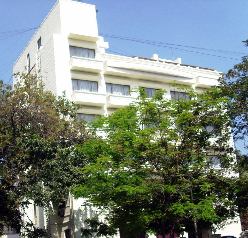 古斯曼莊園酒店