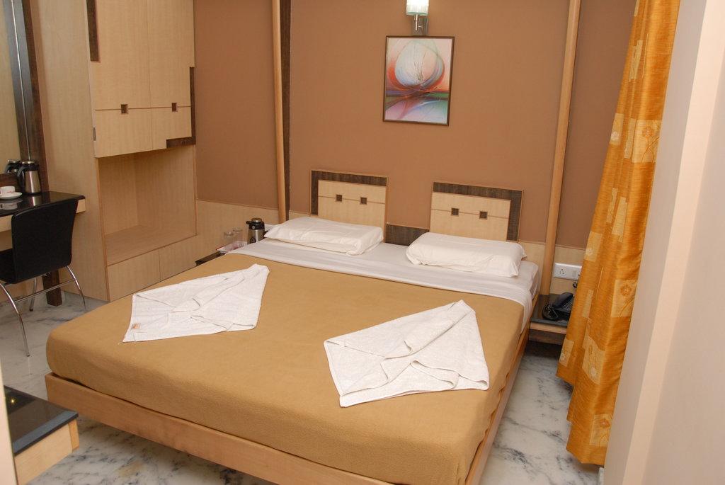 Manasa Paradise Hotel