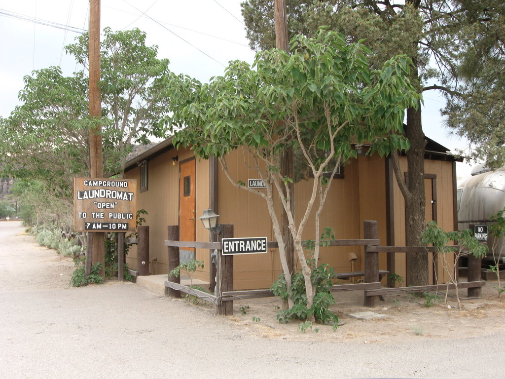 Overland Trail Campground and RV Park