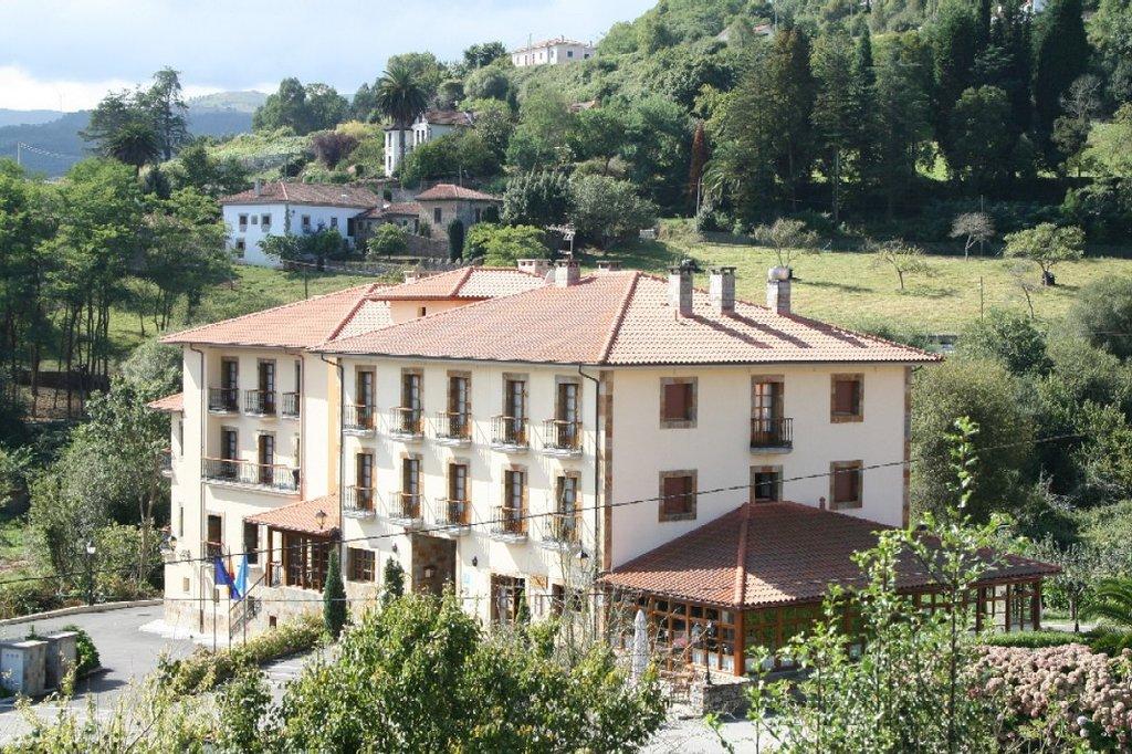 Hotel Valle Las Luinas