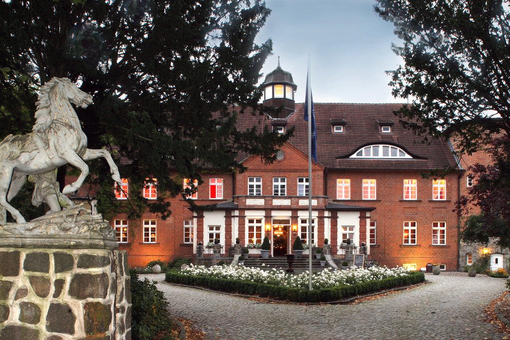 巴斯歇斯特城堡酒店