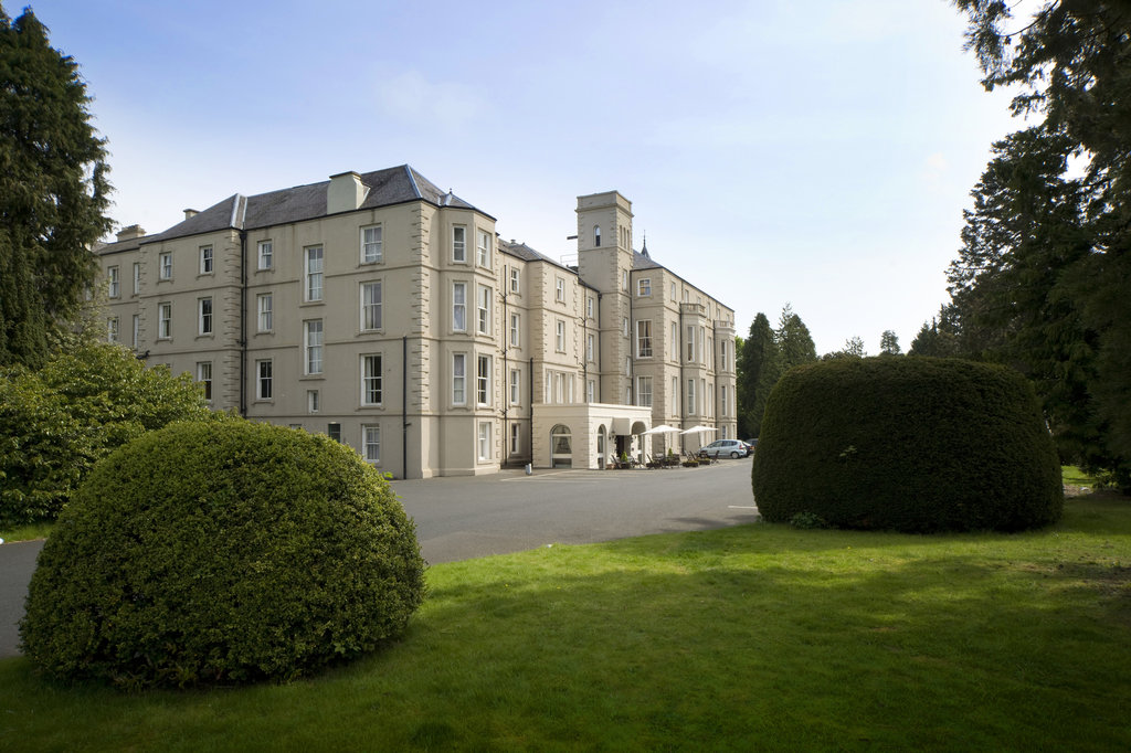 Bay Waverley Castle Hotel