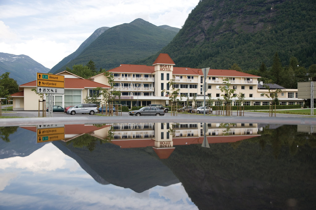 Thon Hotel Jolster