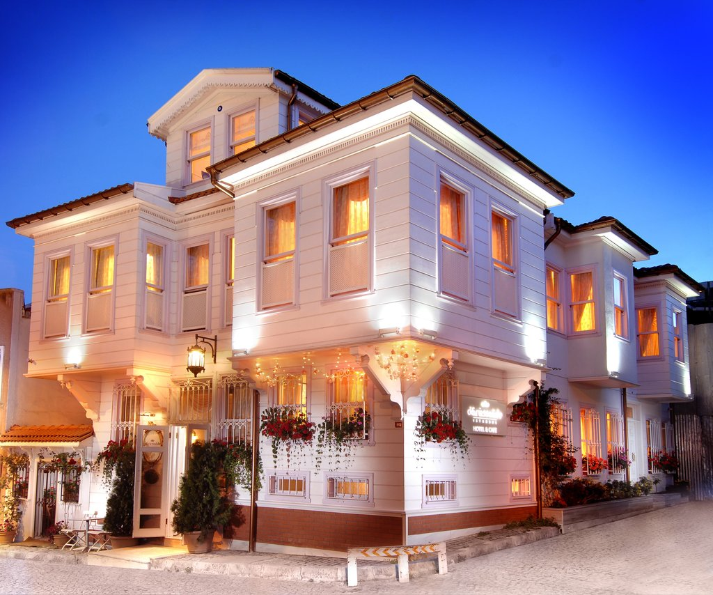 Hotel Darussaade Istanbul