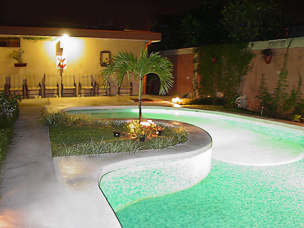 Airport Hotel Berlor