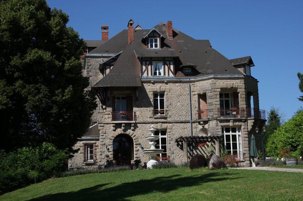 Chateau Constant