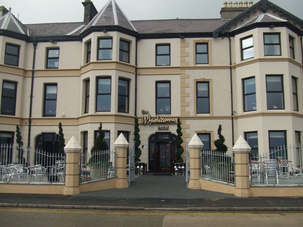 ‪The Whistledown Hotel‬