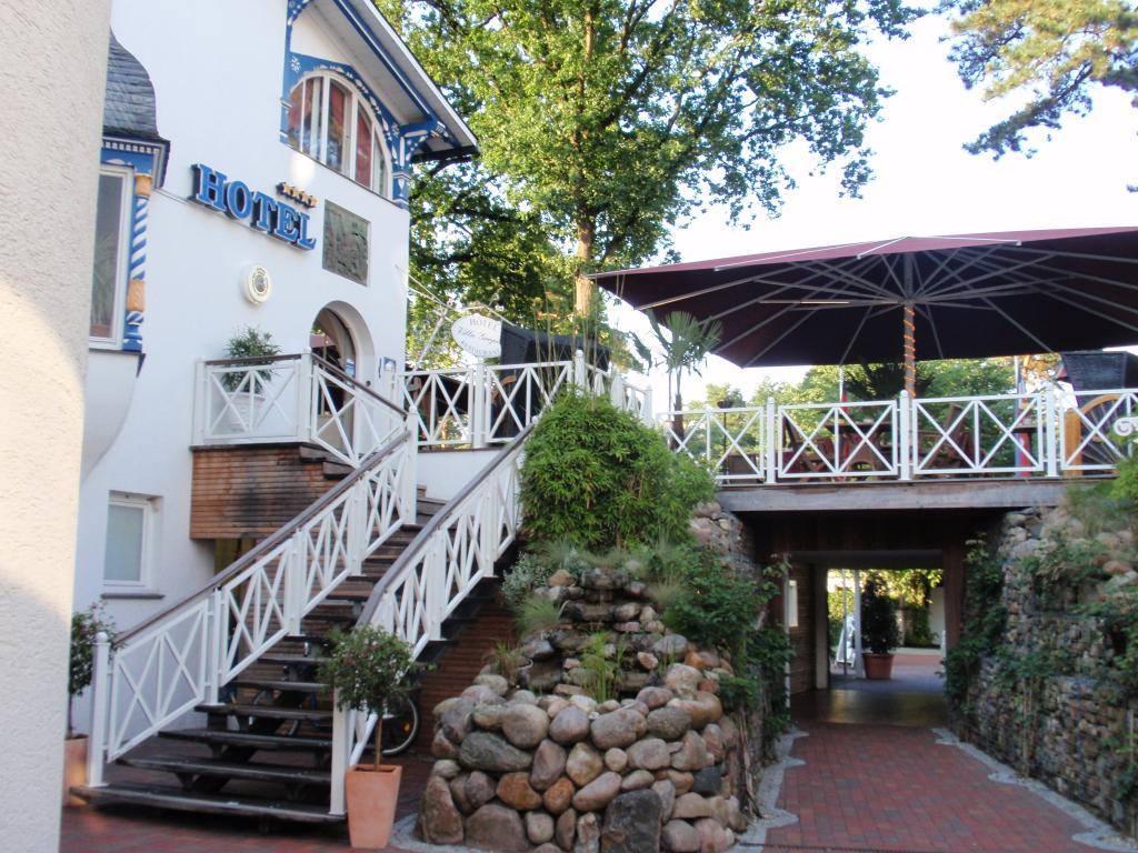 ホテル-レストラン ヴィラ グロピウス