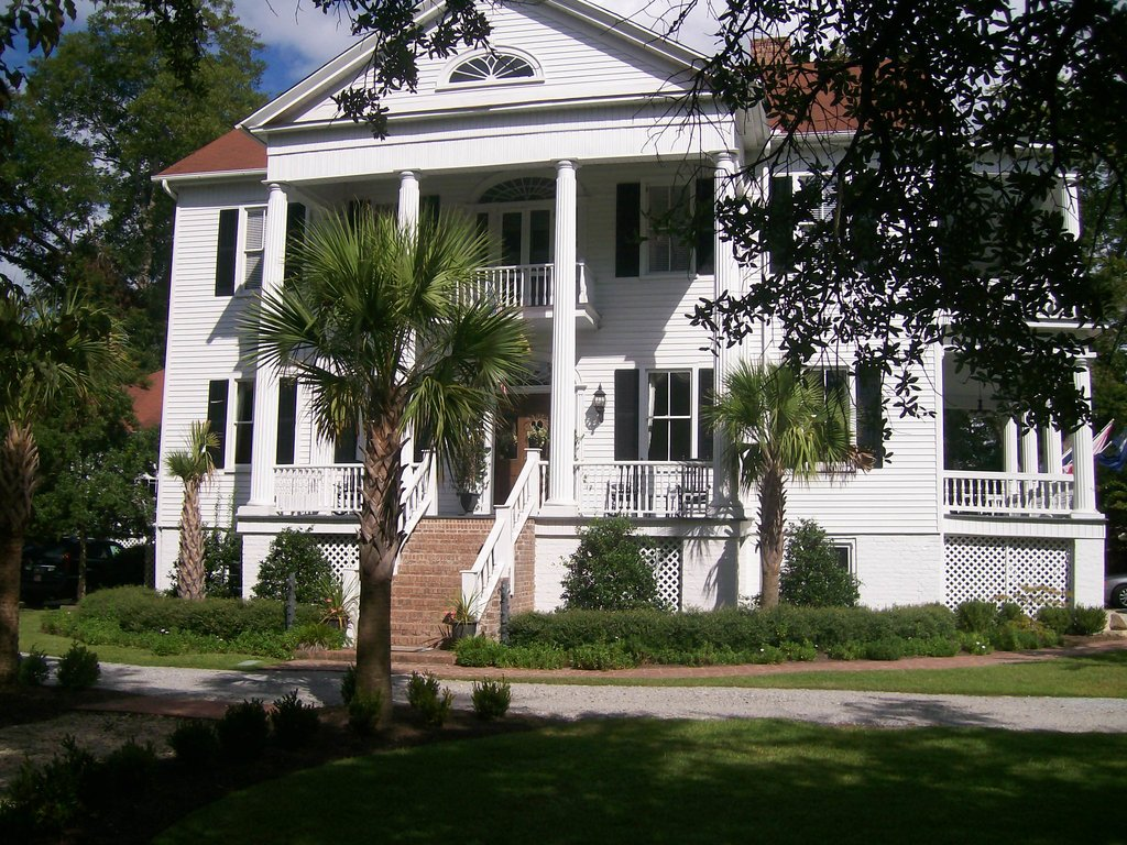 Camden House Bed & Breakfast
