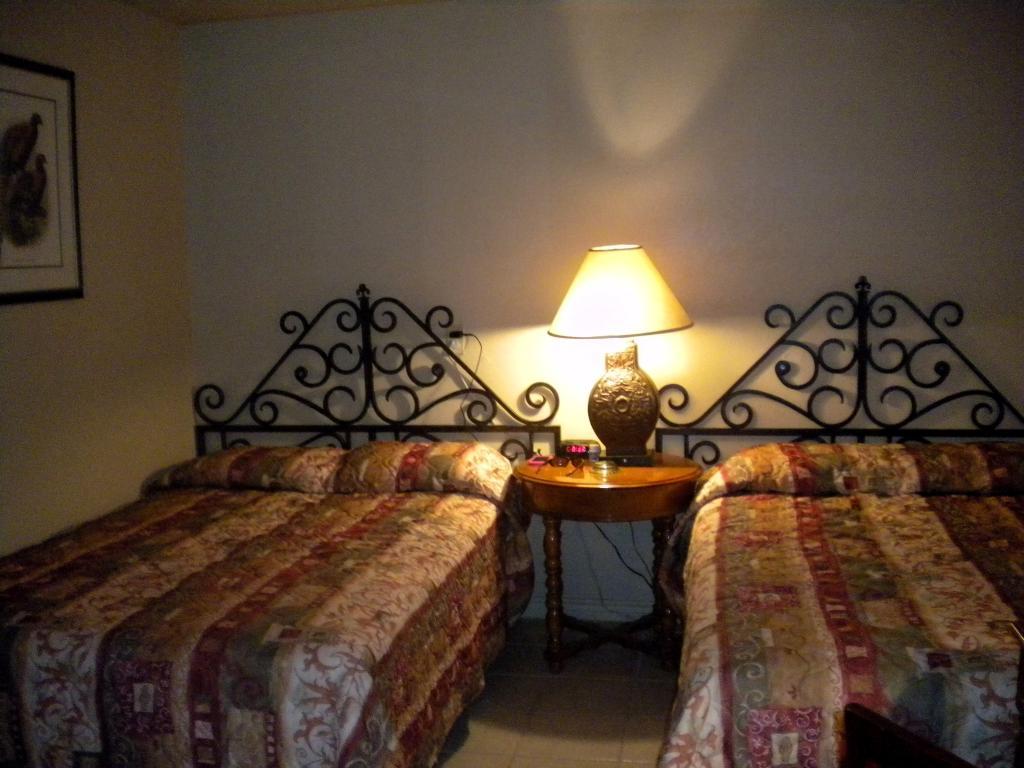 Cedar Sands Motel