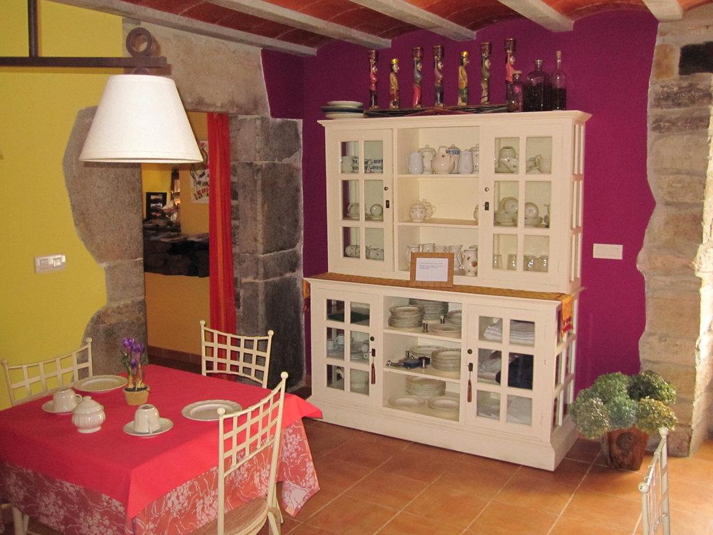 Casa de Aldea Bajolostilos