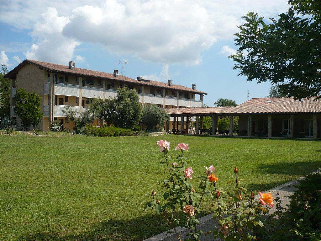 安迪卡拉文納飯店