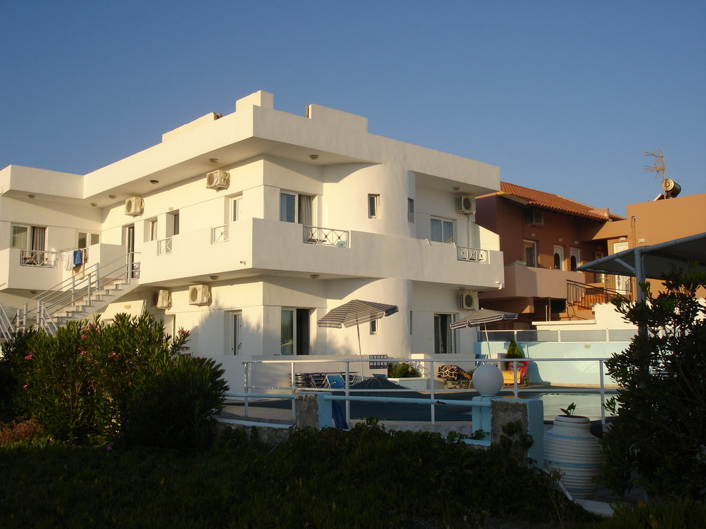 Olga Beach Apartments