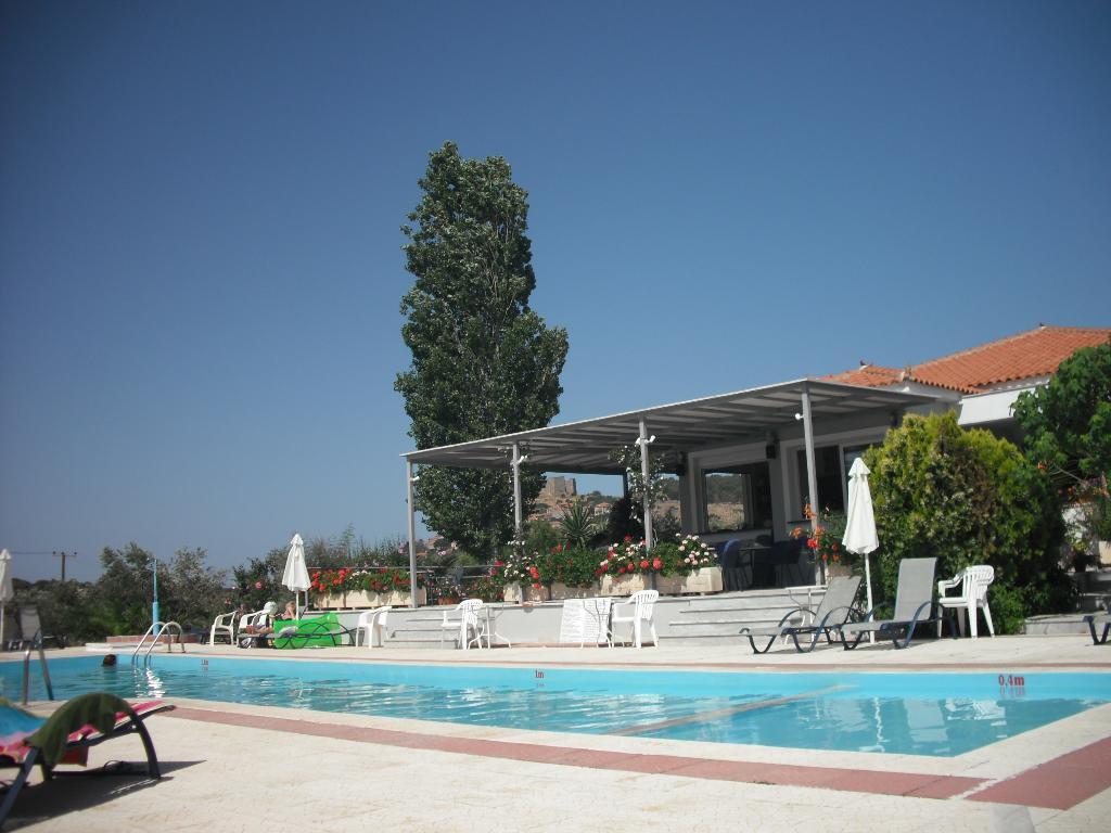 Eriphilly Hotel