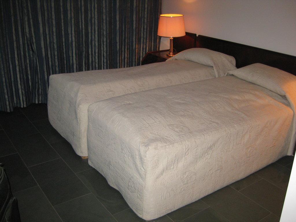 Hotel Fljotshlid