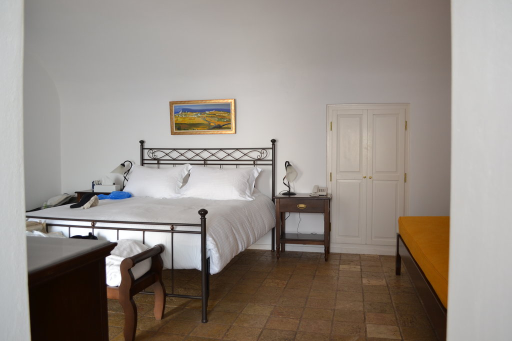 Pantelia Suites