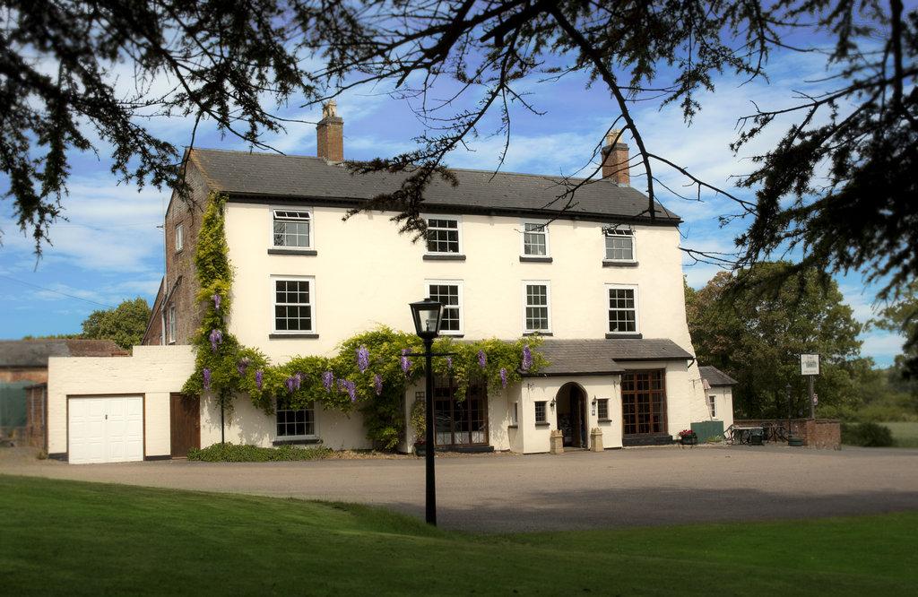 Houndshill Inn
