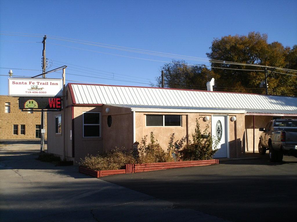 Santa Fe Trail Inn