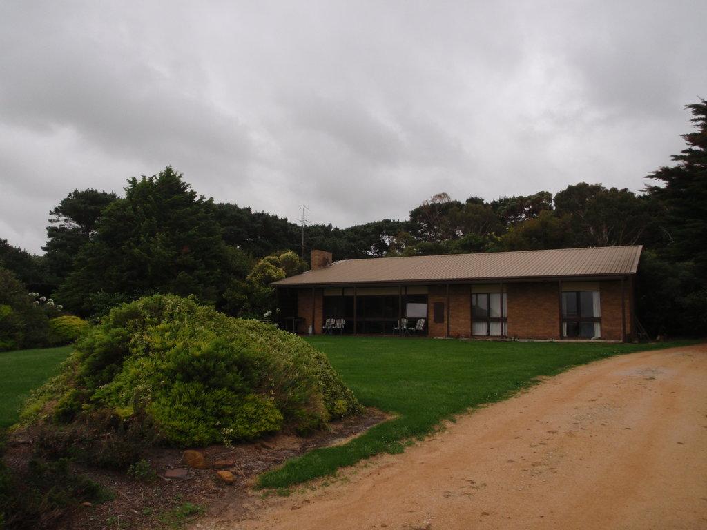 Black Cockatoo Cottages